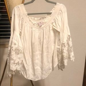Embroidered White Blouse Top One Size Like New